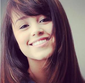 A jovem estudante e bela Carollyne Rodovalho