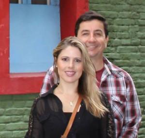 A jornalista Janaína Depiné e seu marido Luiz Gustavo