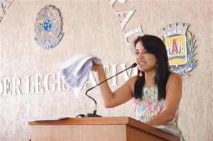 Eunice Mendes (PMDB) cobra informações e questiona cumprimento de lei. Foto: Gazeta do Triângulo