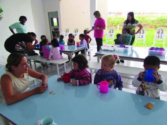 Toda a manutenção das crianças é oferecida gratuitamente pela prefeitura