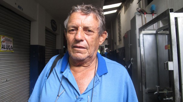 """""""O Brasil precisa manifestar a insatisfação por meio de greves. Quem sabe assim, os políticos mudam"""". Daniel da Silva"""