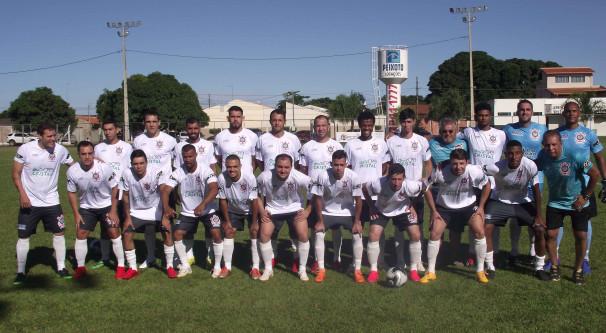 Corinthians mostrou ótimo futebol e eliminou o Amanhece