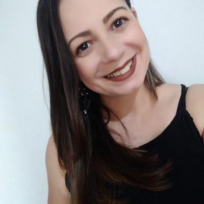 Alessandra Beatriz Pereira da Silva, aniversariante de amanhã, 13