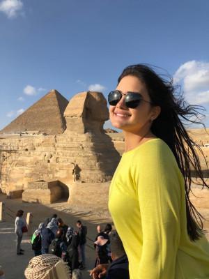 Belíssima araguarina Geovanna Mendes Marques no Egito onde participa do projeto de empreendedorismo da AIESEC – maior movimento de liderança jovem do mundo.