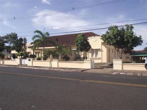 O Hospital da Goiás é um dos imóveis pertencentes ao conjunto de imóveis da rede ferroviária que foram cedidos à prefeitura