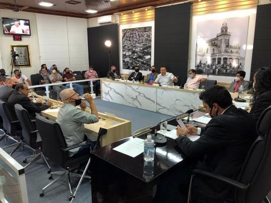 Prestação de contas para a transparência das informações aos munícipes também foi solicitada.