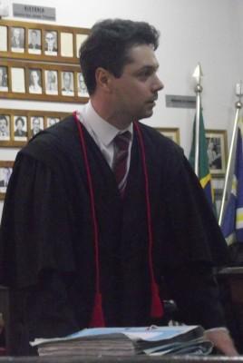 Representante do Ministério Público durante debate em Plenário